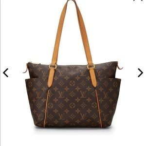 Louis Vuitton totally PM NM